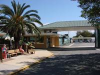 dixie crossroads, titusville, seafood, shrimp, family friendly