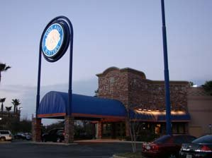 Dave and Busters, Jacksonville, Florida